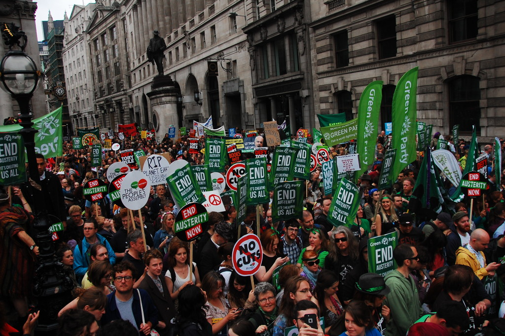 Thousands of Greens join national anti-austerity demo